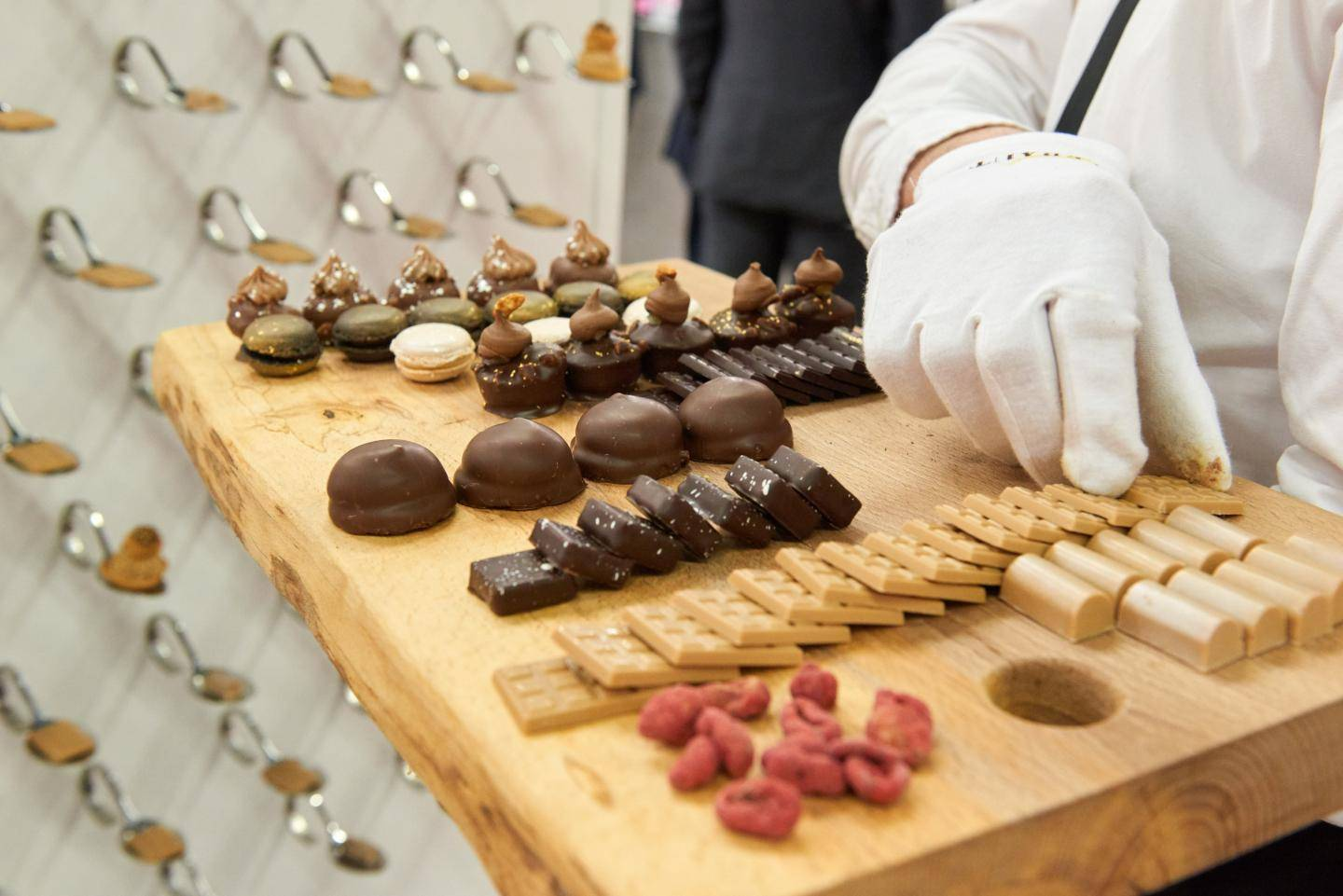 Barry Callebaut Group – Half-Year Results, Fiscal Year 2015/16