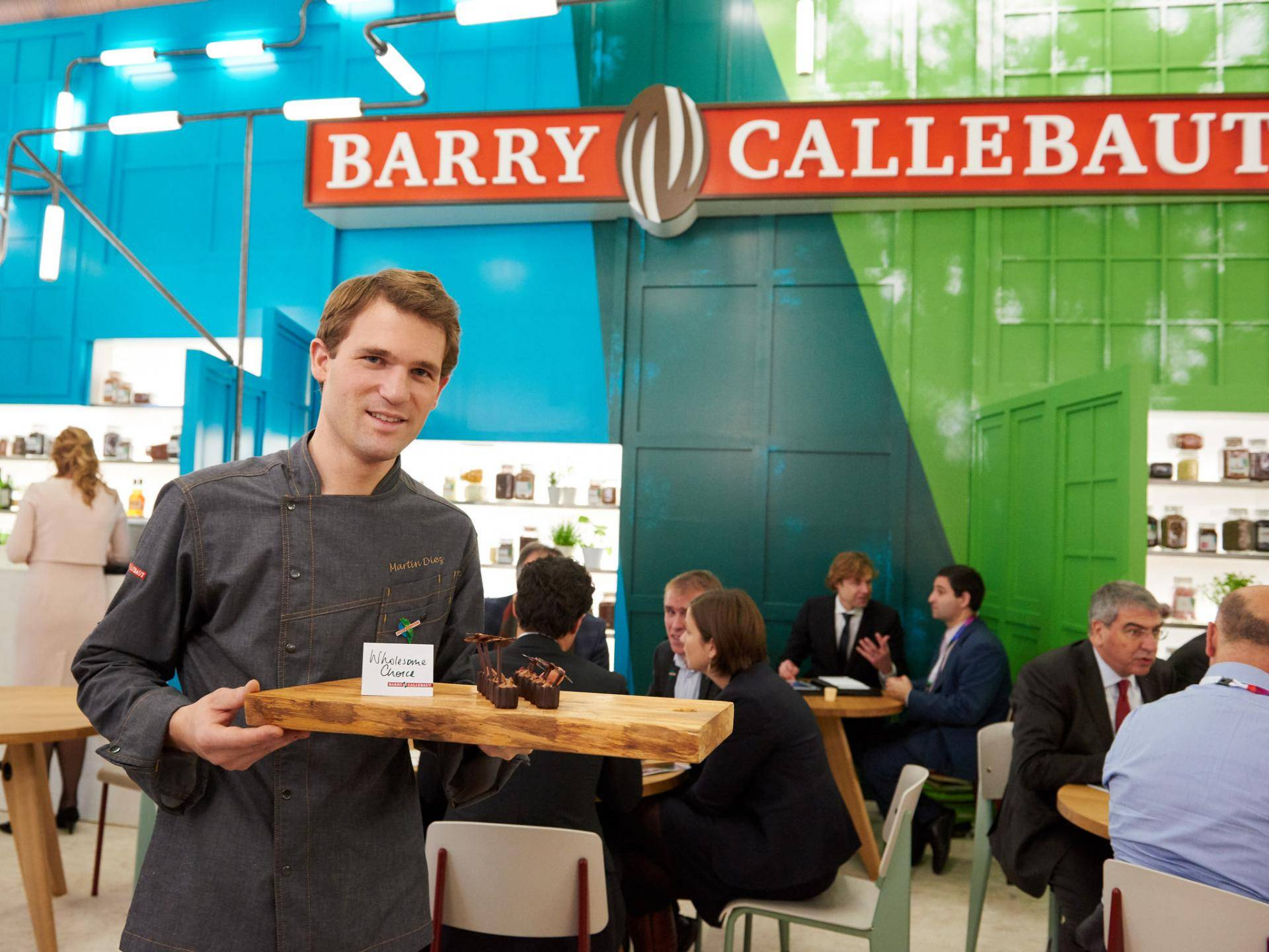 Barry Callebaut Group – 3-Month Key Sales Figures, Fiscal Year 2015/16