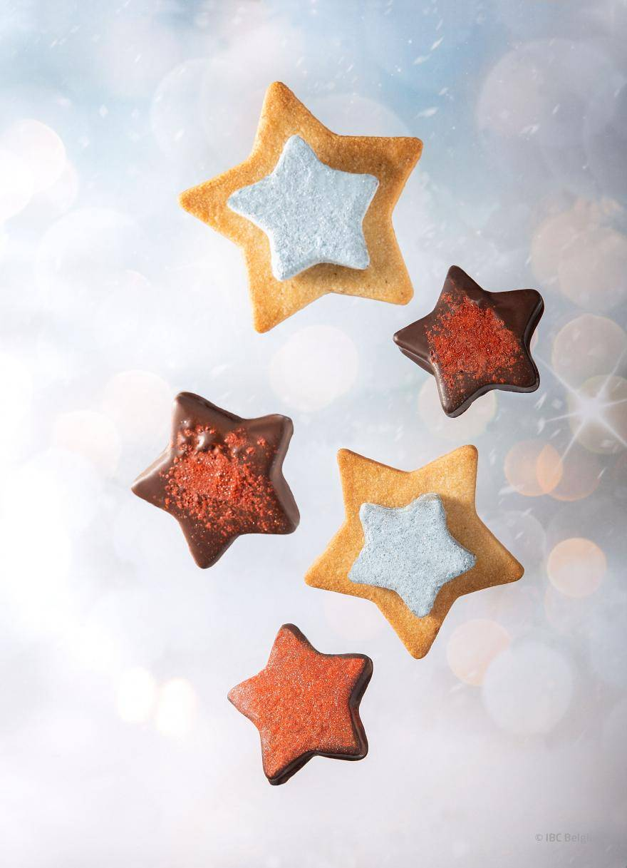 Services - Truffle Powder decorated star cookies