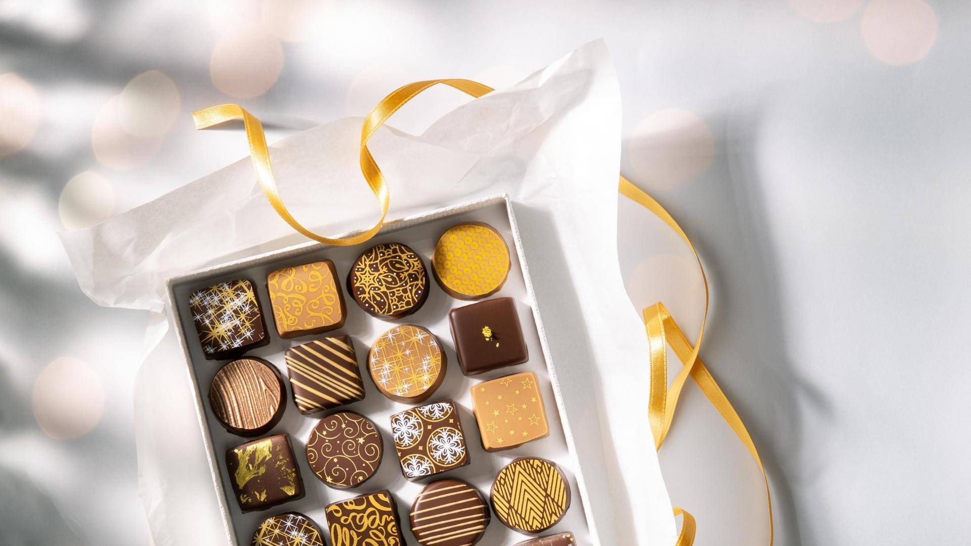 Box of chocolates with prints and structure