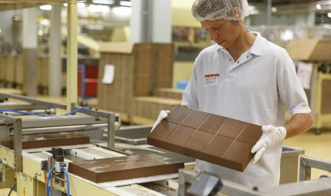 Barry Callebaut factory worker