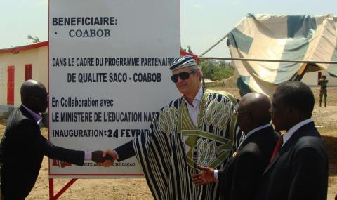 loic_biardeau_general_manager_barry_callebaut_cote_divoire_inaugurates_primary_school_in_blolequin