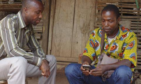 Cocoa farmers using new app