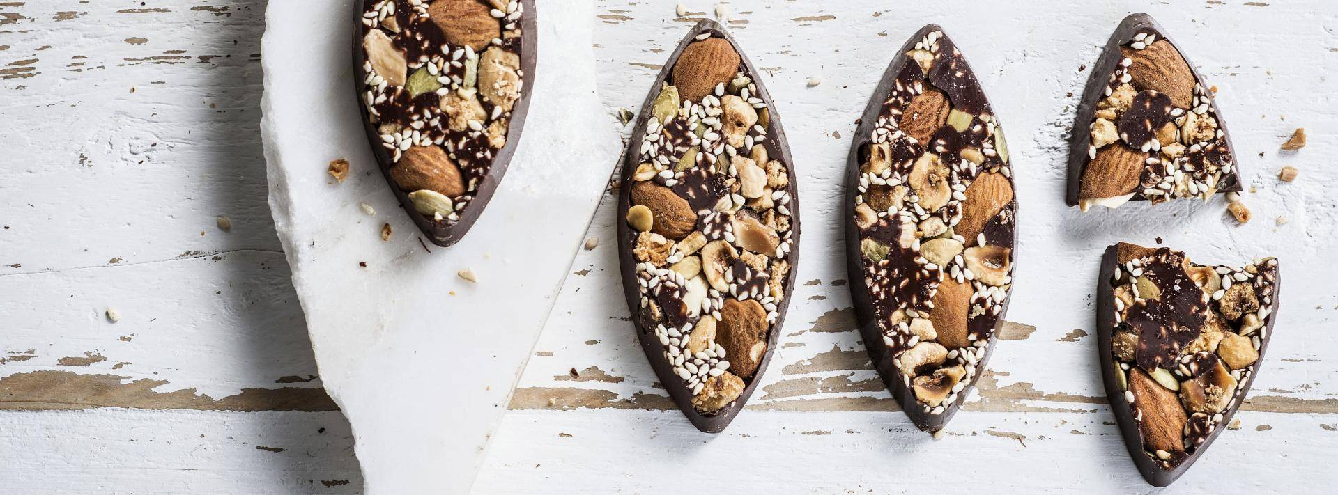 Organic Dark chocolate snack bars with organic nuts and seeds
