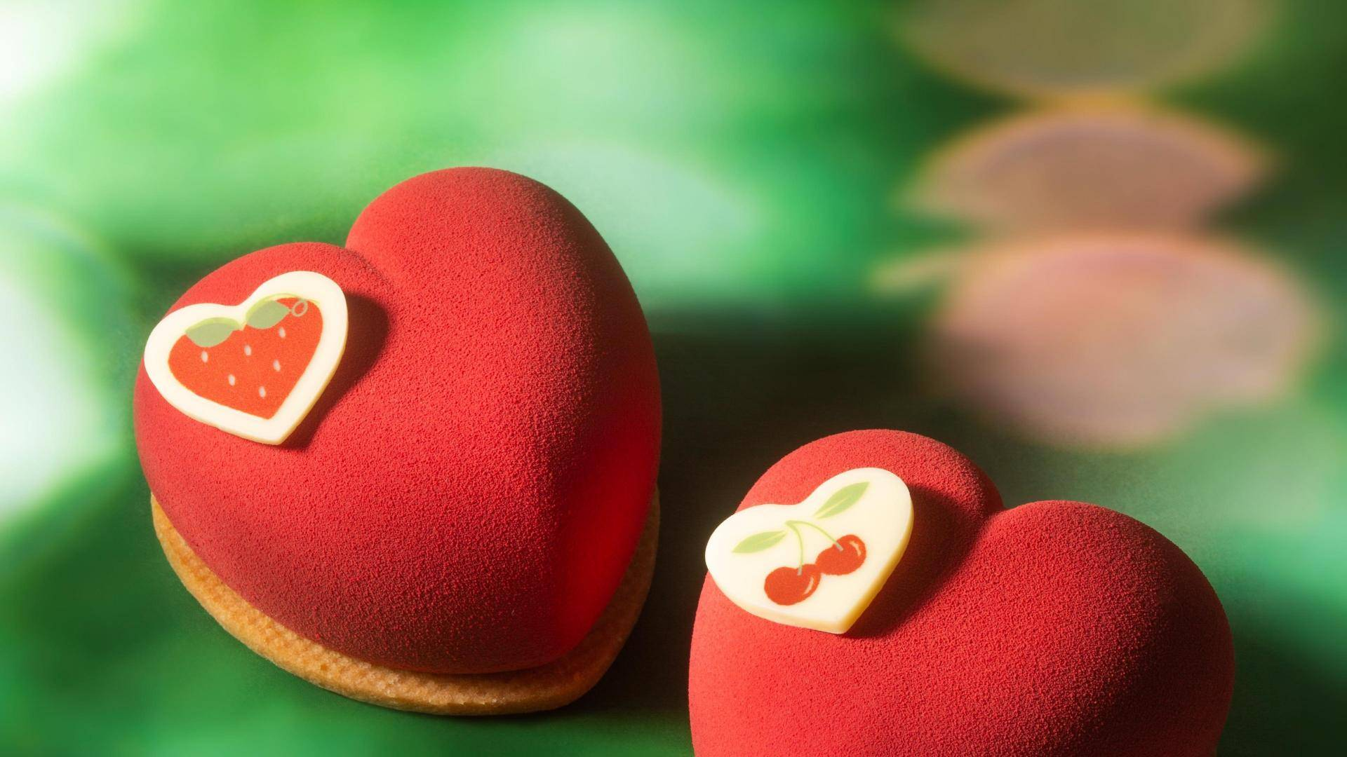 Heart shaped pastries with white chocolate plaques