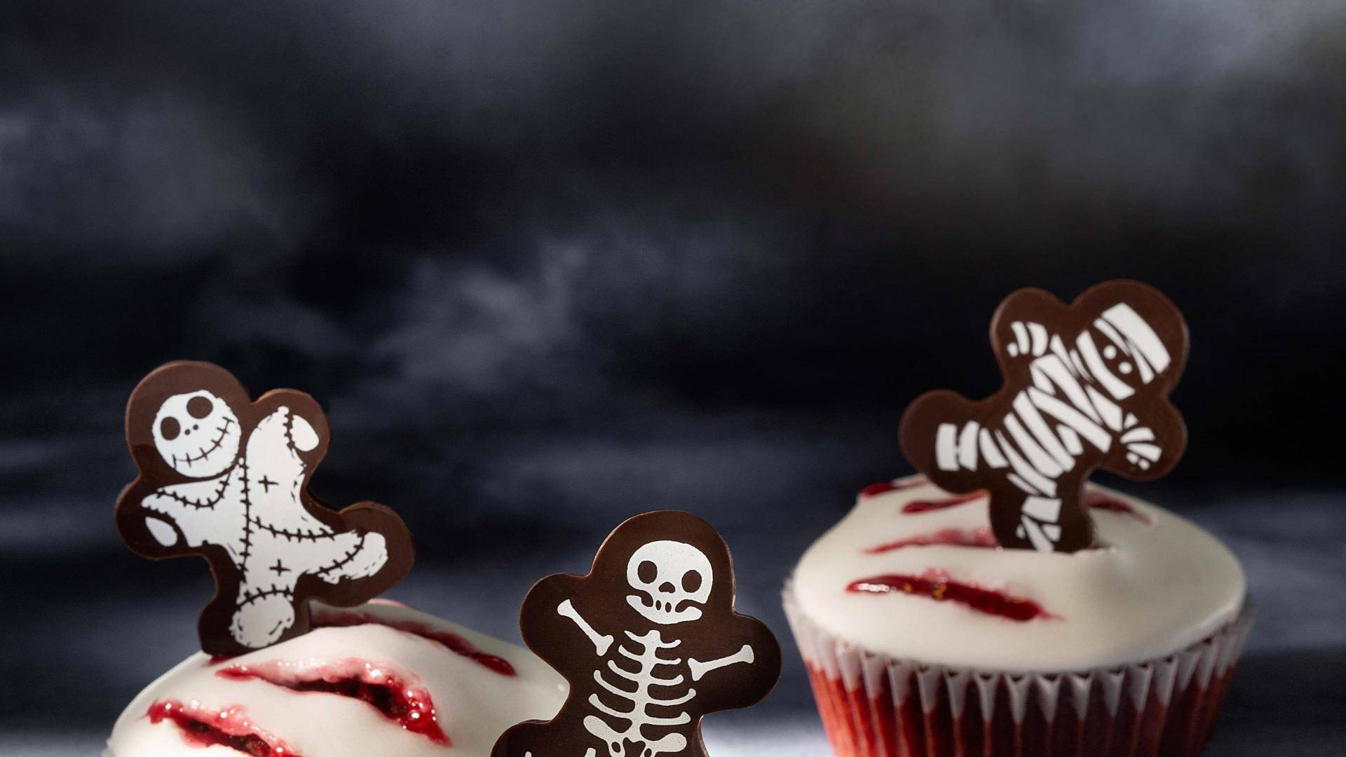 Cupcakes with scary chocolate decorations
