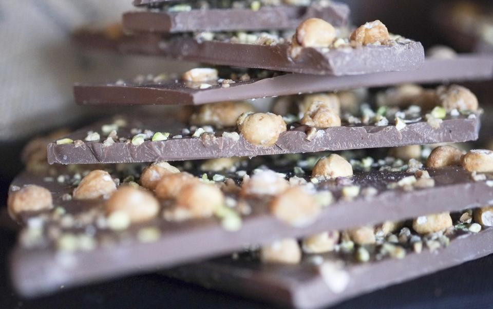 Barry Callebaut chocolate tablets with nuts