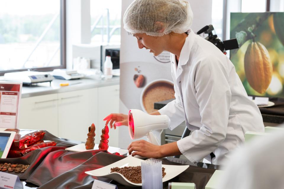 Elien van Steen, Project Lead, Thermo-tolerant chocolate, Barry Callebaut
