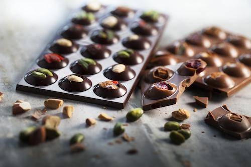 Barry Callebaut's wholesome sugar solutions: chocolate tablet with dried fruits