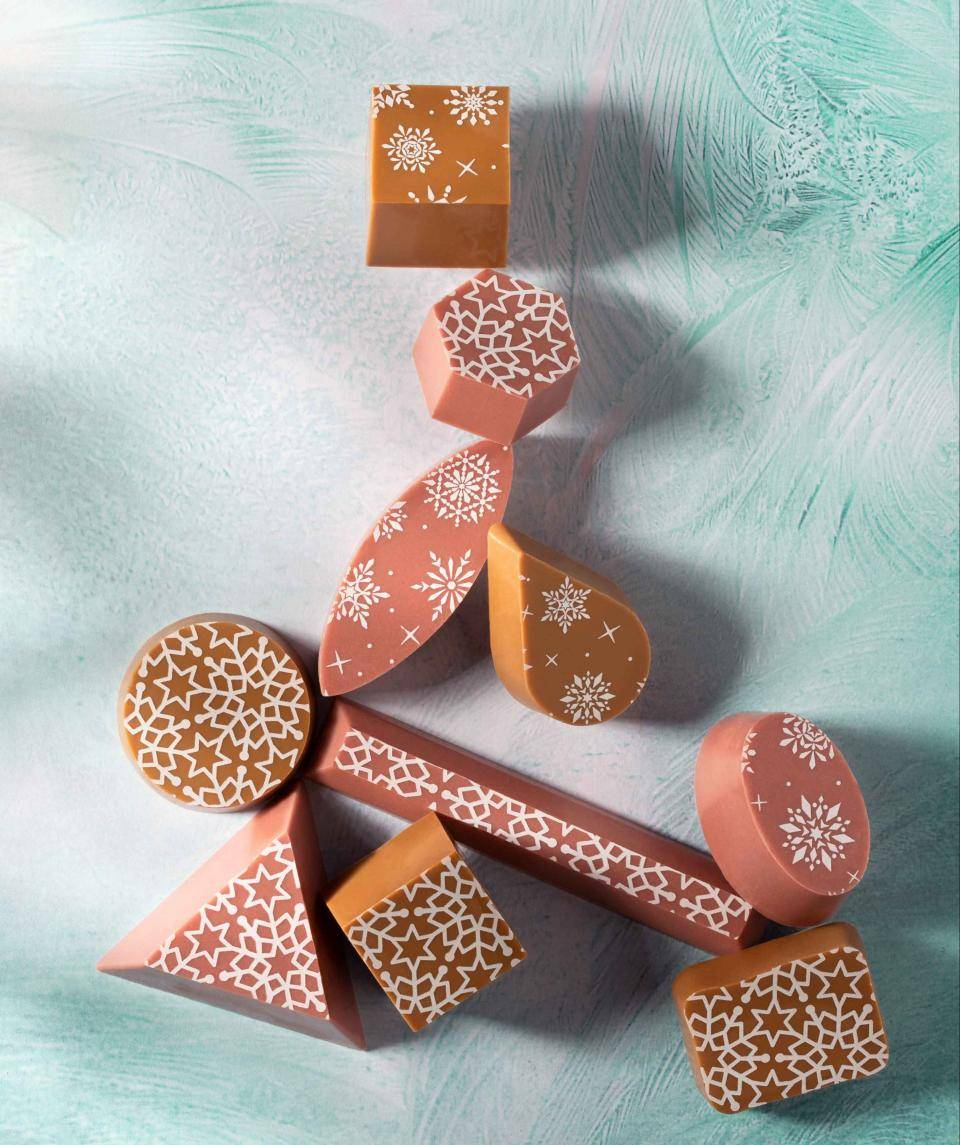 Decorations Inclusions For Christmas 2019 Barry Callebaut