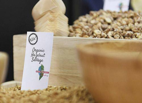 Organic nuts from La Morella Nuts