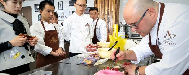 Chef training at Chocolate Academy center Shanghai