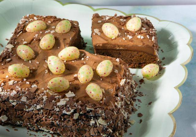 Brownie with Easter eggs and shavings decorations