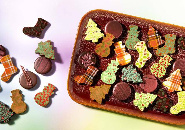 Christmas pralines in various shapes and prints